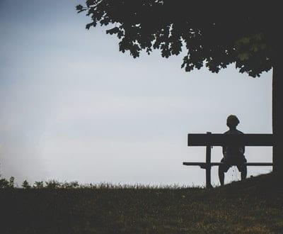 Eenzaamheid is van alle leeftijden…..